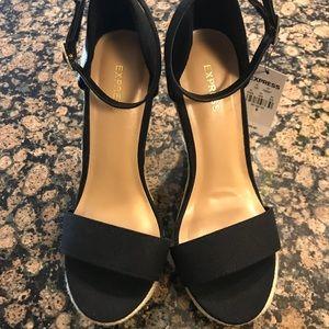 Express Shoes Black Espadrille Sandal - Size 6